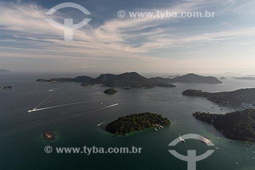 Foto aérea da Ilha do Maia, Ilha do Bonfim, Ilha do Almeida e da Ilha da Gipóia na Baía de Ilha Grande  - Angra dos Reis - Rio de Janeiro (RJ) - Brasil