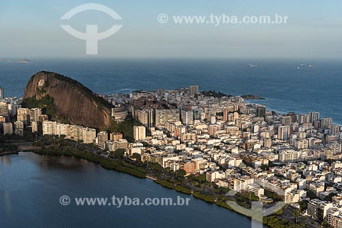 Foto aérea da Lagoa Rodrigo de Freitas com o bairro de Ipanema  - Rio de Janeiro - Rio de Janeiro (RJ) - Brasil