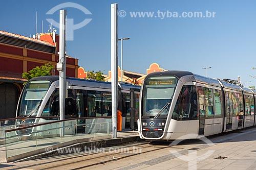 Veículo leve sobre trilhos transitando na Orla Prefeito Luiz Paulo Conde  - Rio de Janeiro - Rio de Janeiro (RJ) - Brasil