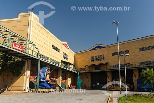 Fachada de barracão de escola de samba na Cidade do Samba Joãozinho Trinta  - Rio de Janeiro - Rio de Janeiro (RJ) - Brasil