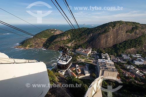 Bondinho fazendo a travessia para o Morro da Urca  - Rio de Janeiro - Rio de Janeiro (RJ) - Brasil