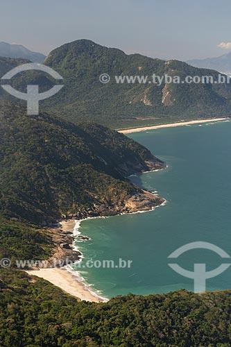 Vista da Praia do Meio, Praia do Inferno e da Praia de Grumari a partir da Pedra do Telégrafo no Morro de Guaratiba  - Rio de Janeiro - Rio de Janeiro (RJ) - Brasil