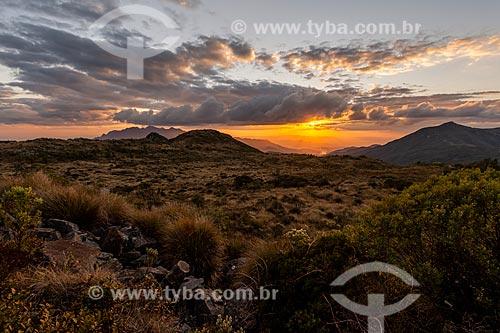 Vista do pôr do sol no Parque Nacional de Itatiaia  - Itatiaia - Rio de Janeiro (RJ) - Brasil