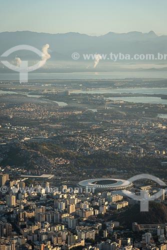 Vista geral do bairro do Maracanã com o Estádio Jornalista Mário Filho (1950) - mais conhecido como Maracanã - ao fundo a partir do Parque Nacional da Tijuca  - Rio de Janeiro - Rio de Janeiro (RJ) - Brasil