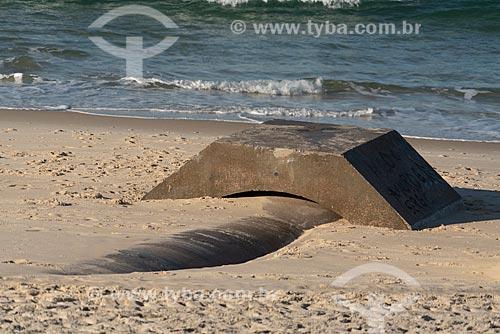 Detalhe do emissário submarino na orla da Praia de Ipanema  - Rio de Janeiro - Rio de Janeiro (RJ) - Brasil