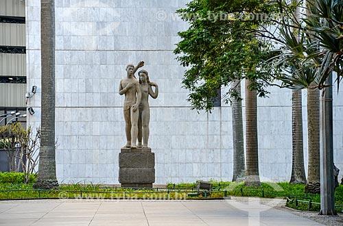 Monumento à Juventude Brasileira (1947) - Autoria de Bruno Giorgi - Edifício Gustavo Capanema (1945)  - Rio de Janeiro - Rio de Janeiro (RJ) - Brasil