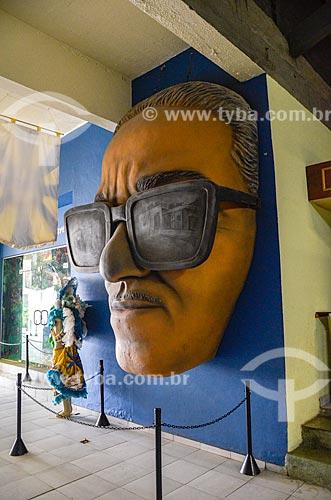 Escultura do rosto do cantor Cartola no Centro Cultural Cartola  - Rio de Janeiro - Rio de Janeiro (RJ) - Brasil
