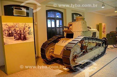 Detalhe de tanque de guerra em exibição no Museu Militar Conde de Linhares (1921)  - Rio de Janeiro - Rio de Janeiro (RJ) - Brasil