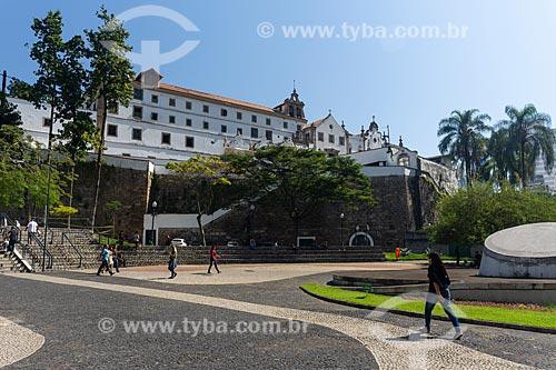 Largo da Carioca com o Igreja e Convento de Santo Antônio do Rio de Janeiro (1615)  - Rio de Janeiro - Rio de Janeiro (RJ) - Brasil