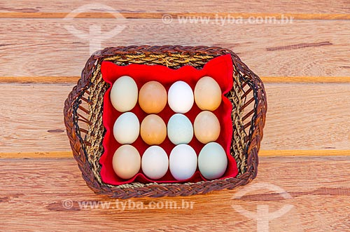 Cesta de ovos caipira  - Guarani - Minas Gerais (MG) - Brasil