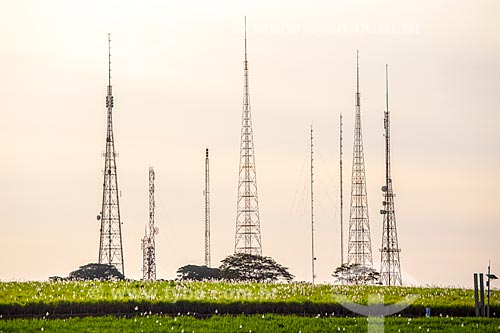 Vista de torres de telecomunicação  - Ribeirão Preto - São Paulo (SP) - Brasil