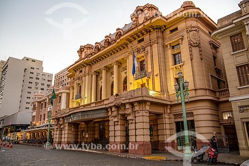 Fachada do Teatro Pedro II (1930) no Quarteirão Paulista  - Ribeirão Preto - São Paulo (SP) - Brasil