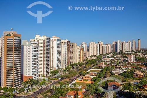 Foto feita com drone de condomínios residenciais na Avenida Professor João Fiusa  - Ribeirão Preto - São Paulo (SP) - Brasil