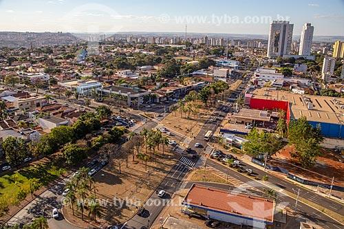 Foto feita com drone da esquina da Avenida Presidente Vargas com a Avenida Professor João Fiusa  - Ribeirão Preto - São Paulo (SP) - Brasil