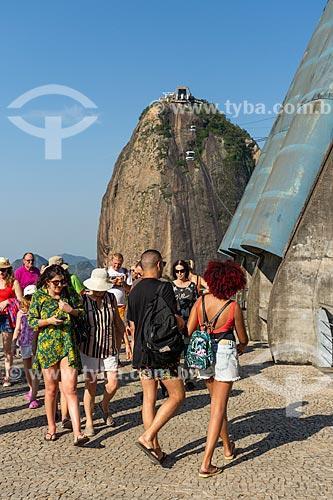 Turistas na Praça do Bondinho - Estação do bondinho do Morro da Urca  - Rio de Janeiro - Rio de Janeiro (RJ) - Brasil
