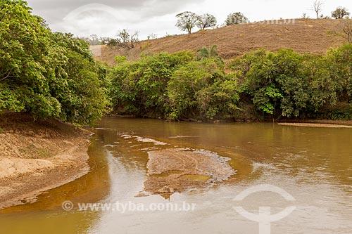 Assoreamento no leito do Rio Pomba  - Guarani - Minas Gerais (MG) - Brasil