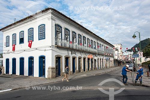 Casarão colonial histórico entre a Avenida Julio Maria e a Rua do Comércio  - Angra dos Reis - Rio de Janeiro (RJ) - Brasil