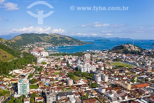 Foto feita com drone dos bairros de Parque das Palmeiras e Balneário  - Angra dos Reis - Rio de Janeiro (RJ) - Brasil