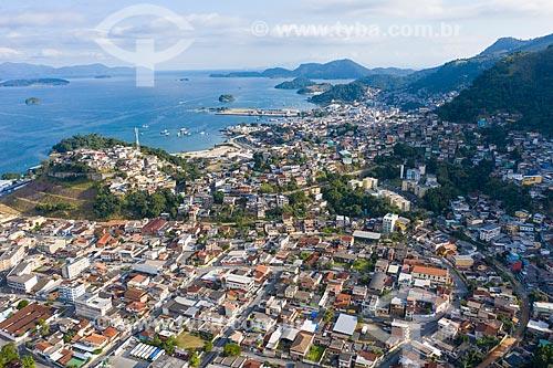 Foto feita com drone do bairro Balneário e do Morro do Tatu  - Angra dos Reis - Rio de Janeiro (RJ) - Brasil