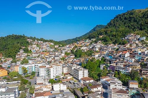 Foto feita com drone de construções na encosta do Morro do Abel  - Angra dos Reis - Rio de Janeiro (RJ) - Brasil