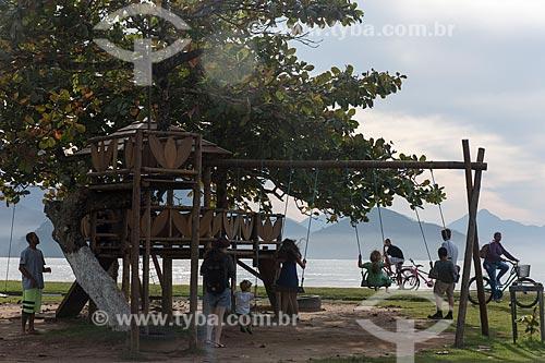 Parque infantil na orla da praia de Itaguá  - Ubatuba - São Paulo (SP) - Brasil