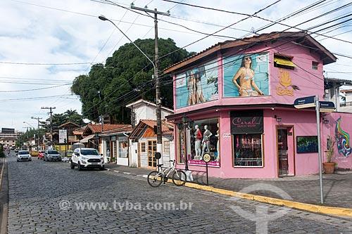 Loja de artigos de praia  - Ubatuba - São Paulo (SP) - Brasil