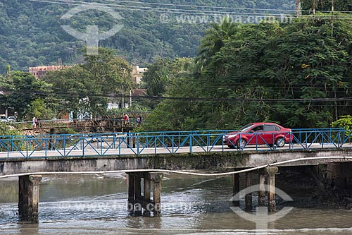 Ponte sobre o Rio Grande  - Ubatuba - São Paulo (SP) - Brasil