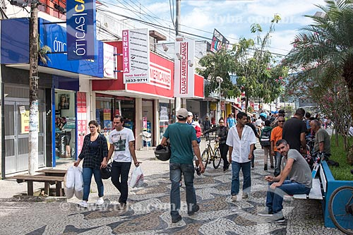 Calçadão comercial da rua Maria Alves  - Ubatuba - São Paulo (SP) - Brasil