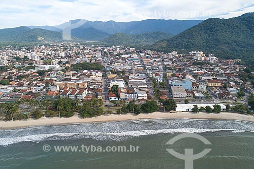 Foto feita com drone da orla e do Centro da cidade  - Ubatuba - São Paulo (SP) - Brasil