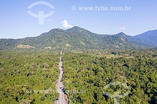 Foto feita com drone da Rodovia Governador Mario Covas (BR-101) - Parque Estadual da Serra do Mar  - Ubatuba - São Paulo (SP) - Brasil