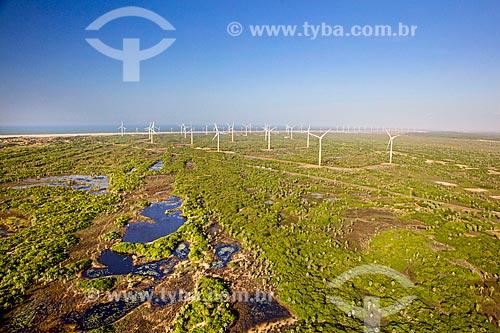 Vista dos aerogeradores do Parque eólico Pedra do Sal  - Ilha Grande - Piauí (PI) - Brasil