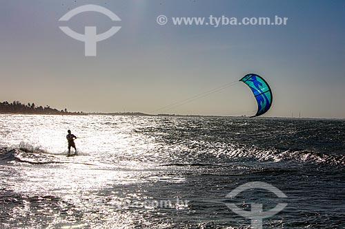 Praticante de Kitesurf - Praia de Itaqui  - Luís Correia - Piauí (PI) - Brasil
