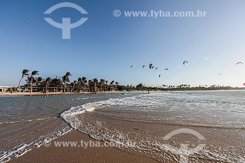 Praticantes de Kitesurf - Praia de Itaqui  - Luís Correia - Piauí (PI) - Brasil