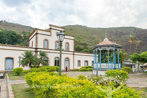 Vista da Praça Cesário Alvim e da Estação Ferroviária de Ouro Preto (1889)  - Ouro Preto - Minas Gerais (MG) - Brasil