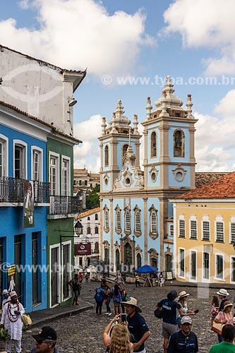 Vista de casarios no Pelourinho com a Igreja de Nossa Senhora do Rosário dos Pretos (século XVIII) ao fundo  - Salvador - Bahia (BA) - Brasil