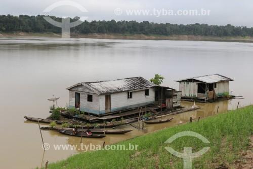 Casas flutuantes no rio Purus - Reserva de Desenvolvimento Sustentável Piagaçu-Purus - Beruri - Amazonas (AM) - Brasil