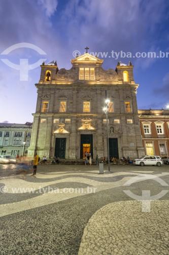 Fachada iluminada da Catedral Basílica Primacial de São Salvador (1672) - Salvador - Bahia (BA) - Brasil