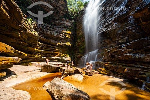 Turistas na Cachoeira do Mosquito - Parque Nacional da Chapada Diamantina  - Lençóis - Bahia (BA) - Brasil