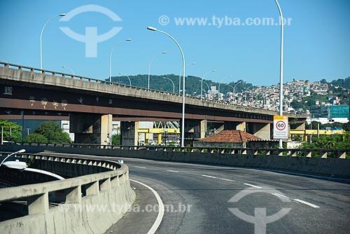 Linha Vermelha  - Rio de Janeiro - Rio de Janeiro (RJ) - Brasil