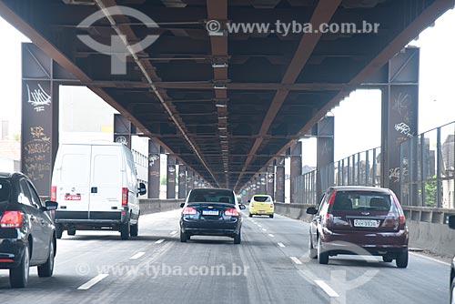 Tráfego na Linha Vermelha  - Rio de Janeiro - Rio de Janeiro (RJ) - Brasil
