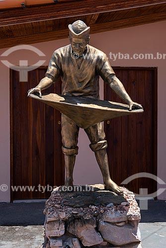 Monumento em homenagem ao mineradores de Lençóis  - Lençóis - Bahia (BA) - Brasil