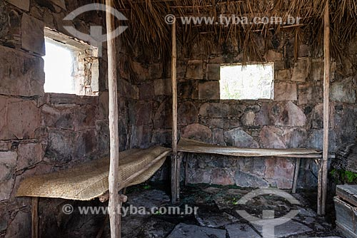 Casa feita de pedra por garimpeiros - Projeto Sempre Viva  - Mucugê - Bahia (BA) - Brasil