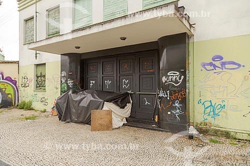 Dormitório improvisado por morador de rua  - Juiz de Fora - Minas Gerais (MG) - Brasil