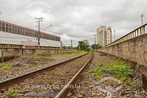 Detalhe de linha férrea explorada pela MRS Logística  - Juiz de Fora - Minas Gerais (MG) - Brasil