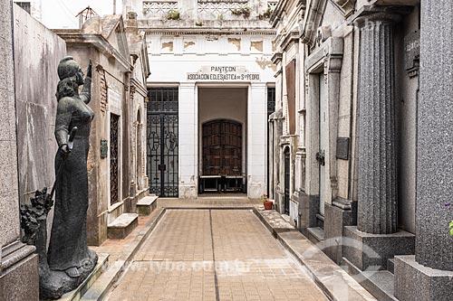 Túmulos no Cemitério da Recoleta  - Buenos Aires - Província de Buenos Aires - Argentina