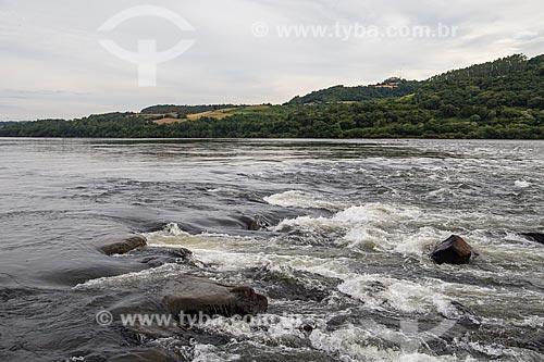 Vista do Rio Uruguai, divisa de Santa Catarina com o Rio Grande do Sul  - Itapiranga - Santa Catarina (SC) - Brasil