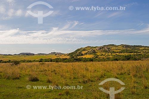 Cerro do Jarau, formado a partir de impacto de meteorito  - Quaraí - Rio Grande do Sul (RS) - Brasil