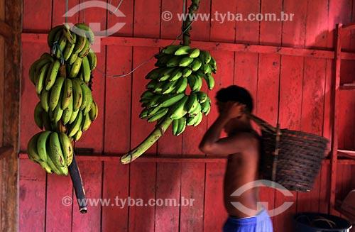 Bananas no interior da casa de agricultor  - Borba - Amazonas (AM) - Brasil