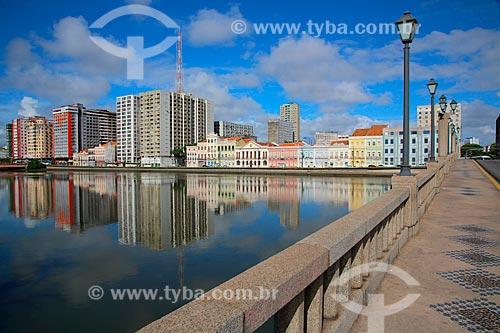 Vista do Rio Capibaribe com Rua da Aurora ao fundo  - Recife - Pernambuco (PE) - Brasil