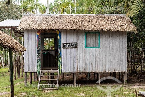 Moradia típica de ribeirinho  - Amazonas (AM) - Brasil
